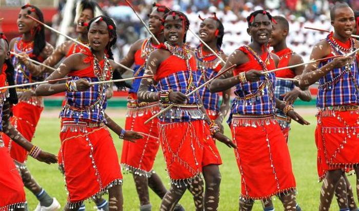 Празднование Дня героя на Национальном стадионе Ньяйо в Найроби, Кения 20 октября 2014.
