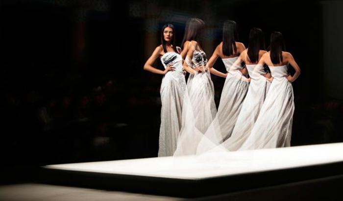 Показ на Неделе моды в Пекине 31 октября 2014.