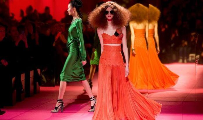 Показ в рамках Недели высокой моды в Париже.