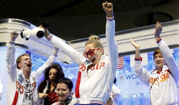 Елена Радионова из России на чемпионате мира по фигурному катанию в Токио, Япония 18 апреля 2015.