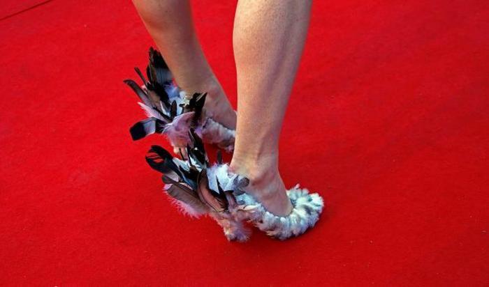 туфли одной из гостей на Каннском кинофестивале.