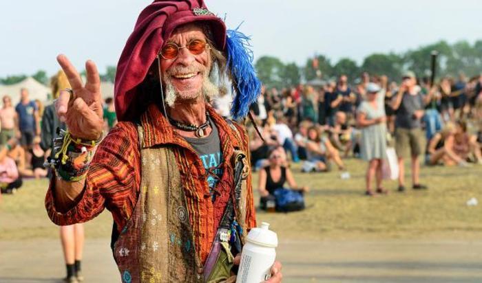 Посетитель музыкального фестиваля в Роскилле, Дания.