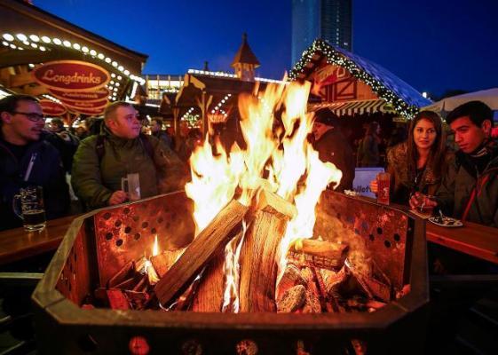 Несмотря на кризис, в Европе вовсю готовятся к Рождеству