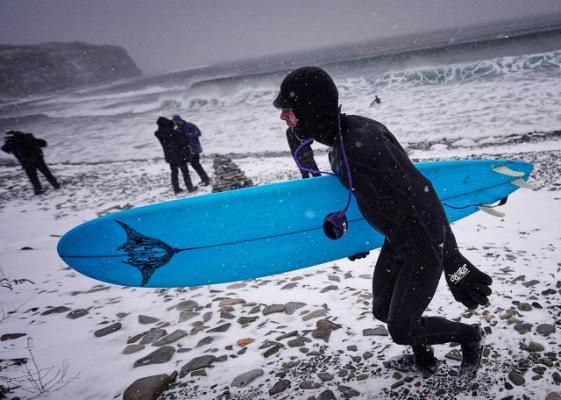 Зимний серфинг на острове Русский