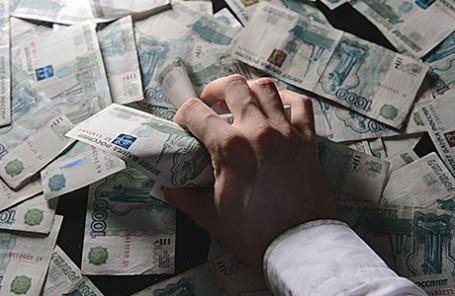 Из кредиторов в заемщики. Долги россиян банкам впервые с 2008 года превысили вклады