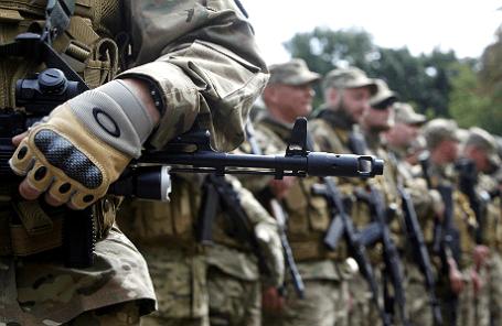Волонтеры украинского батальона «Сич».
