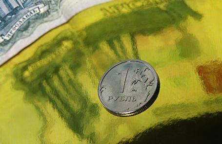 Credit Suisse ожидает укрепления рубля в первом квартале 2016 года