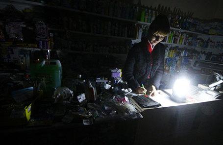 Власть обещает ускорить строительство энергомоста вКрым