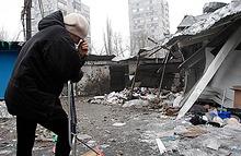 Новые жертвы в Донецке. Снаряды попали в троллейбус и на парковку гостиницы «Европа»