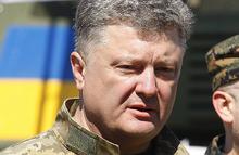 Порошенко вновь обрушился на Россию, но его рейтинг падает