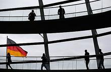 Под гнетом Германии. Как воспринимает бунт Греции ее главный кредитор?