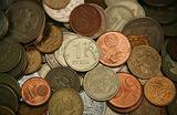Евро — 50, доллар — 38. Новые антирекорды российской валюты