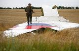 Катастрофа Boeing под Донецком. Родственники погибших подают в суд на Украину и Порошенко