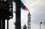 Обрушение цен на нефть: от простых спекуляций до теории заговора