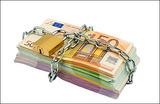 Откуда денежки? Причины возможной заморозки счетов россиян в Испании
