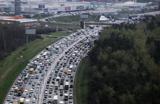 Ремонт дорог, День знаний и непогода загоняют Москву в пробки