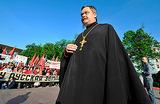 РПЦ призывает очистить «коррумпированные и циничные элиты», правящие в России