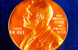 Меркель и Папа Римский остались без Нобелевской премии мира